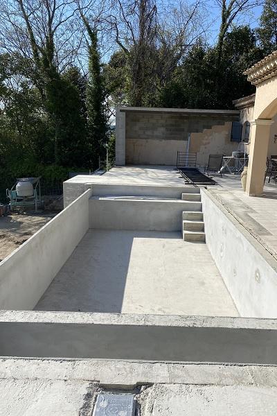 maconnerie generale Grans-beton decoratif Bouches-du-Rhone-maconnerie traditionnelle Salon-de-Provence-toiture Alpilles-beton cire Aix-en-Provence-macon Grans